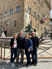 a-florence-01-group-Jay