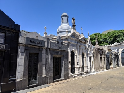 j-17-buenosAires-recoletaCemetary